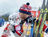 Sundby kisses crystal globe_pamdoyle ww