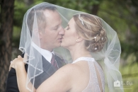 Kiss under veil in Banff_pamdoyle