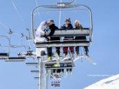 Ski wedding chairlift Sunshine_pamdoyle ww