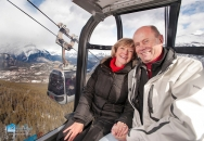 couple-on-gondola-w