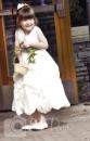 Wedding detail flower girl