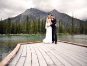 Wedding photo couple on dock